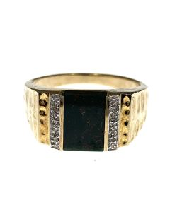 Pre-Owned 9ct Gold Bloodstone Ring
