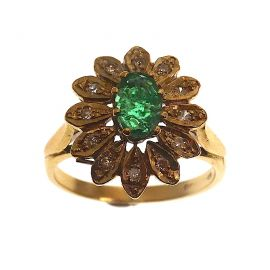 Pre- Owned 9ct Gold Emerald & Diamond Cluster Ring
