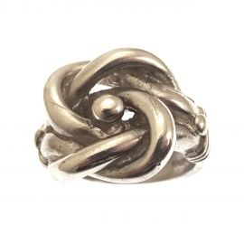 Brand New Silver Knot Ring