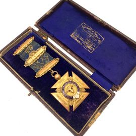 Pre-Loved 9ct Gold Royal Antediluvian Order of Buffaloes Medal